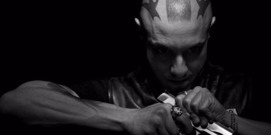 Theo-Rossi-in-Sons-of-Anarchy2